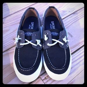 Shoes - Sperrys Canvas Top-Sider